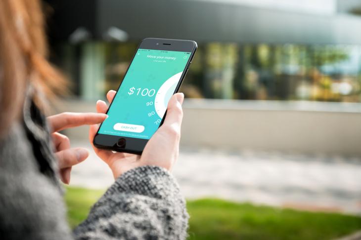 Aplicación Earnin ayuda a los estadounidenses a acceder a su dinero a medida que lo ganan
