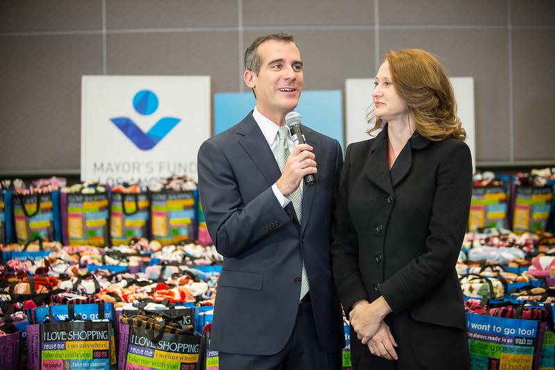 """Iniciativa """"Given"""" ayudará a 10,000 hogares vulnerables a obtener alimentos y otras necesidades"""