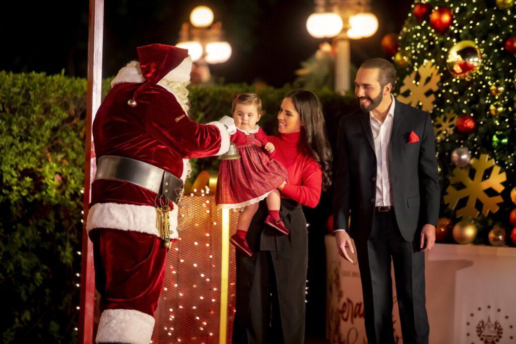 Nayib Bukele brinda mensaje navideño en cadena nacional