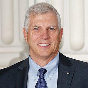 Senador Tom Umberg es nombrado presidente del Comité Judicial del Senado del Estado de California