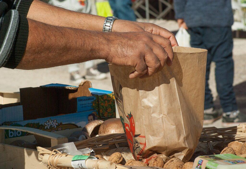Piden regulaciones para vendedores ambulantes de Los Ángeles