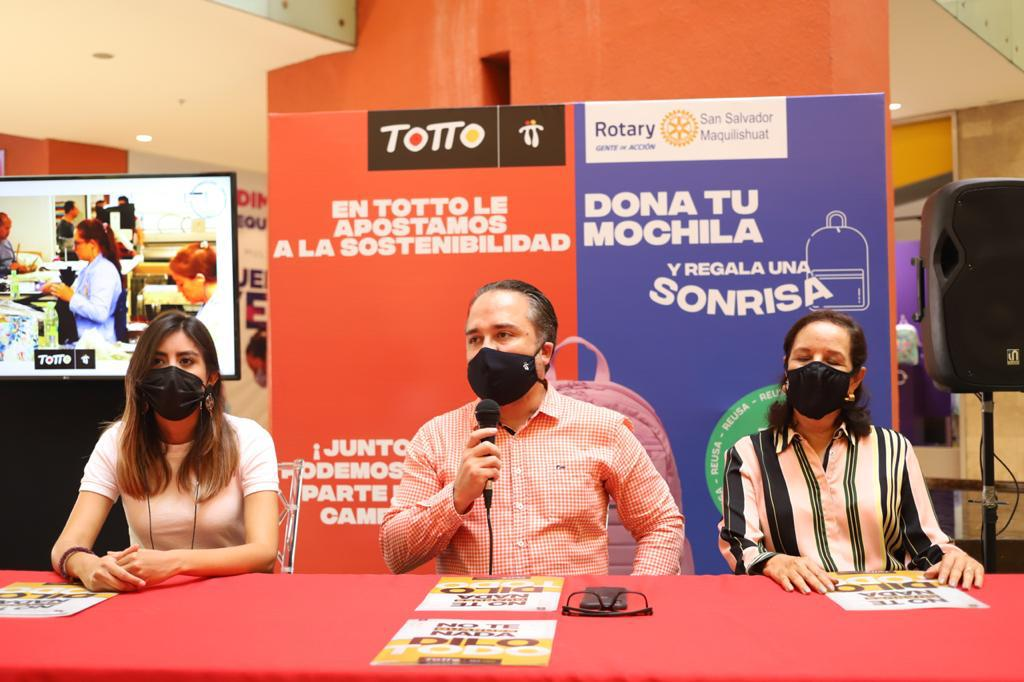 """TOTTO lanza campaña """"Dona tu mochila y regala una sonrisa"""""""