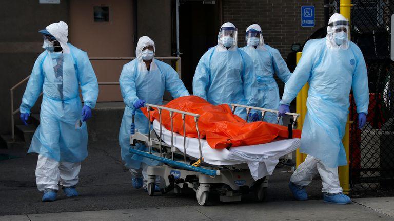 El condado de los Ángeles registra más de 15,000 muertes por COVID-19
