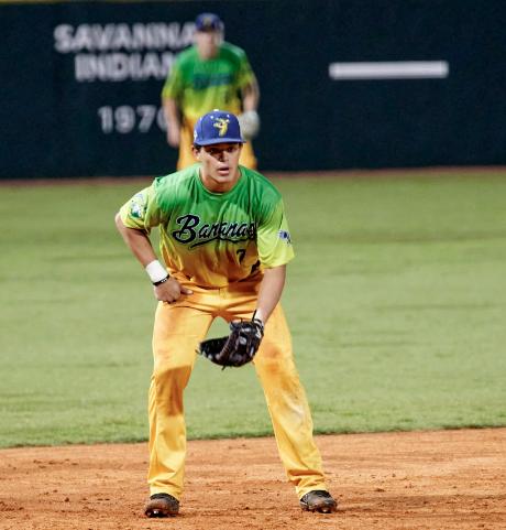 Talento salvadoreño destaca en béisbol universitario de Estados Unidos
