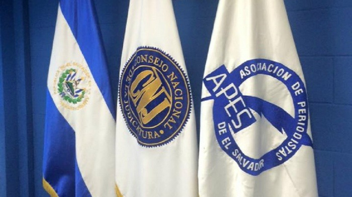 APES condena agresión digital por parte de veterano de guerra hacia periodista de Teleprensa33