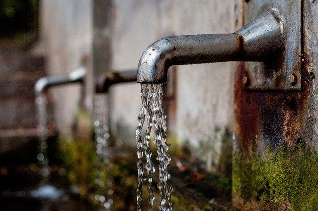 ANDA notifica deficiencias en el servicio de agua en varias zonas del país