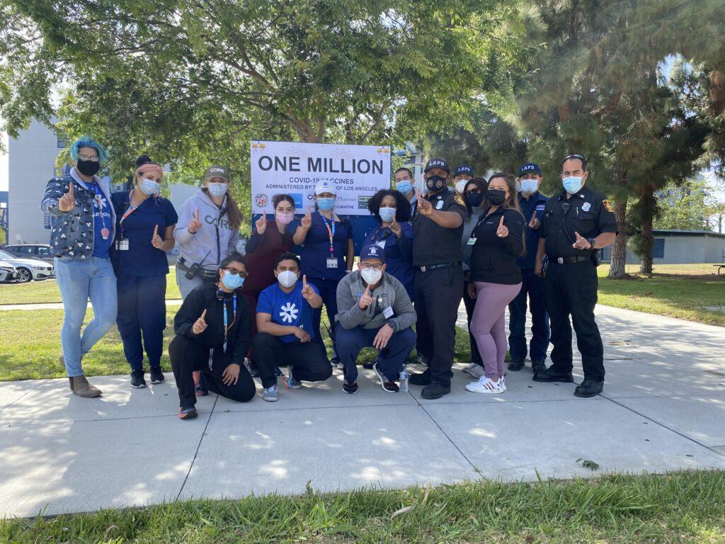 Alcalde Garcetti anuncia un millón de dosis de vacunas anti COVID administradas
