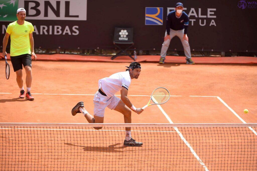 Los tenistas salvadoreños Marcelo y Middelkoop clasifican a los cuartos de final de Roma