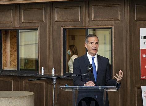 Anuncian un fondo de ayuda para las Cámaras de Comercio en Los Ángeles