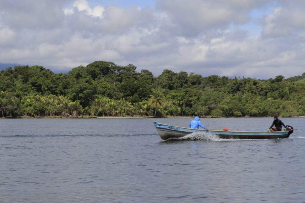 Pescadores artesanales de Izabal son beneficiados con proyectos de desarrollo sostenible