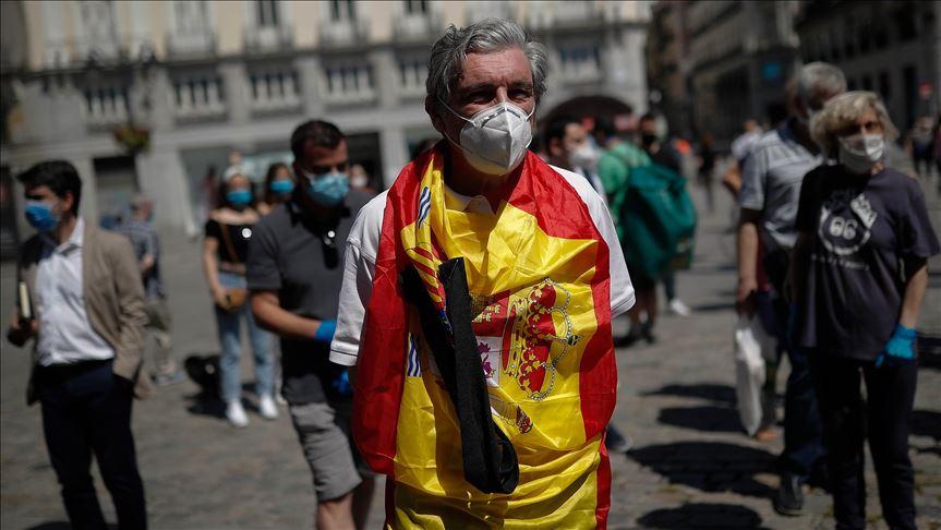 España dejará de usar mascarilla al aire libre a partir del 26 de junio